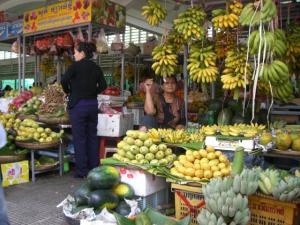 セントラルマーケット フルーツ売り場