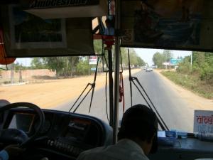 118バスの中からシェムリアップへの途中