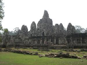 Angkor Tom & Bayon 別の門から出たところより