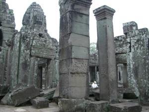 Angkor Tom & Bayon 入口近くの柱