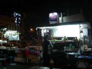 宿の近くのお店