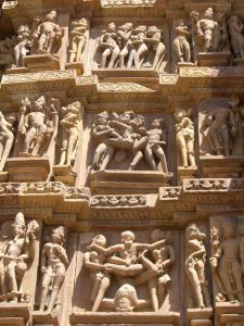カンダーリヤ寺院側面