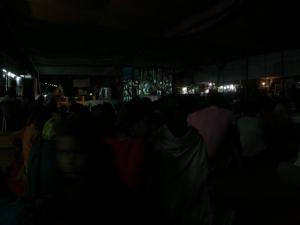 西群寺院広場での映画ハヌマン