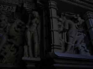 ラクシュマナ寺院の中