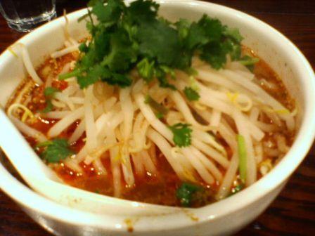 秋葉原の刀削麺唐家で刀削麺