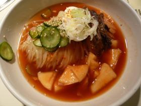 盛岡・食道園の冷麺1