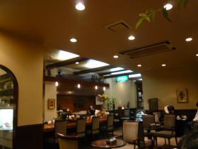 仙台「Cafe DE エビアン」