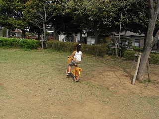 自転車をこぐ3号☆
