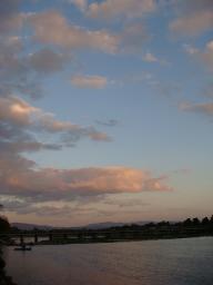 京都 旅行 紅葉 紅葉 渡月橋 夕暮れ