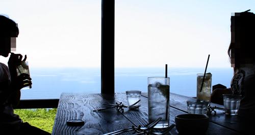 橘湾を見ながらランチ
