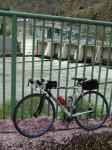 20090426西大滝ダムと自転車