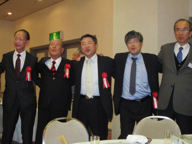 市川三田会総会若き血_20111120210635