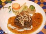 特選鹿児島黒毛和牛ヒレ肉のステーキとフレッシュフォアグラ 黒トリュフとゴルゴンゴーラのソースで
