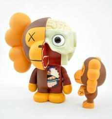 kaws-milo-3colors-08.jpg