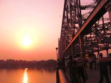 夕日綺麗だー、橋を撮ったんじゃないよ夕日を撮ったのだw