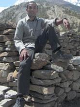 PorterのKumar ネパール人も色黒です