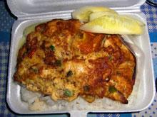 カイチャオムーサップかな フワフワ卵焼きと挽肉だーね 軽食扱いw