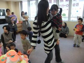 2011-12-26 いつひよ&HIPHOPクリスマス会 106 (280x210)