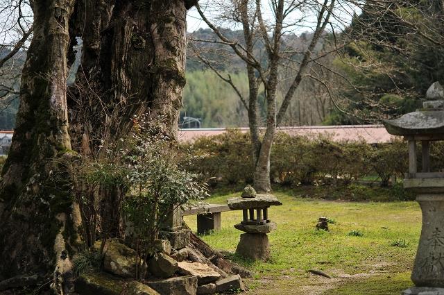 大森神社の一角