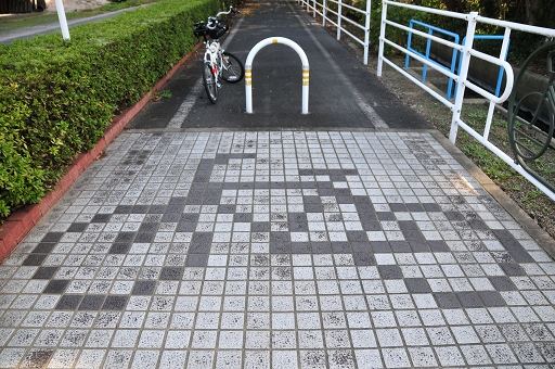 タイルにも自転車のデザインが