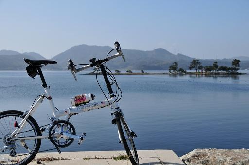 京島を眺めながら休憩