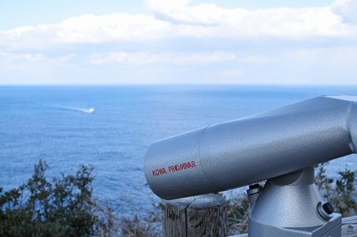 望遠鏡も設置してある