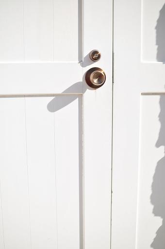 灯台のドアは新調されているようだ