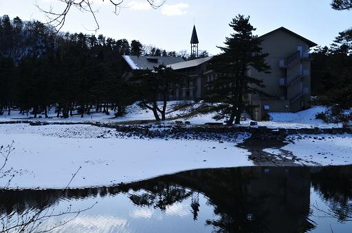 大野池は大山レークホテルの裏にある