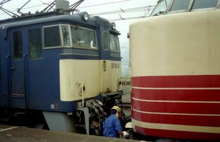 1988.8.23 横川駅 あさまにEF63を連結 2