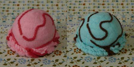 ボールアイス ストロベリー&チョコミント