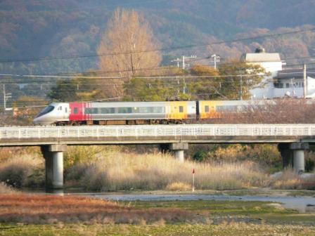 伊予北条-大浦 8000系特急電車