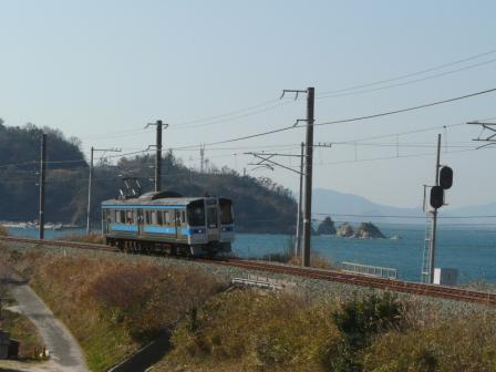 大浦-浅海間 7000系電車