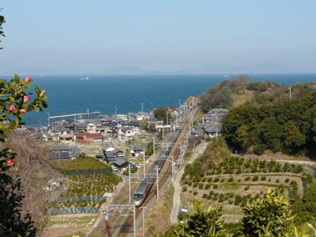 大浦駅付近 8000系特急電車 1