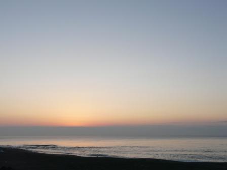土佐湾 朝の景色 1