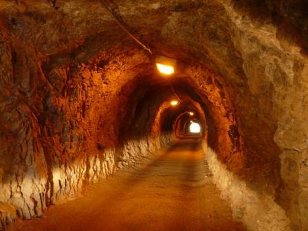 内の浦トンネル 2