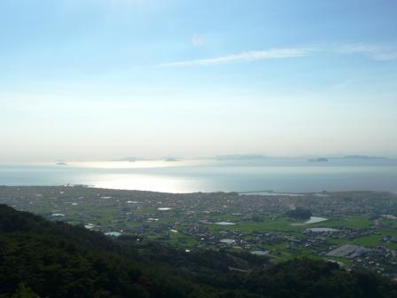 谷上山展望台から 16:45