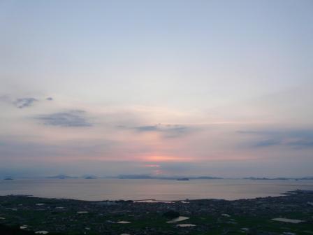 谷上山展望台から 19:17