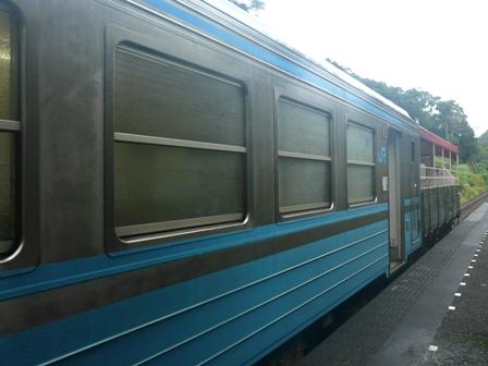 半家駅 キハ54形とトロッコ列車 「清流しまんと号」