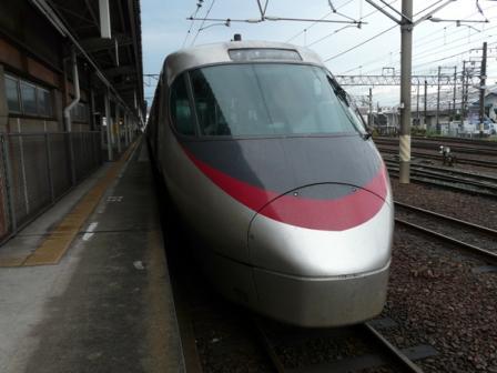 松山駅 8000系特急電車 2