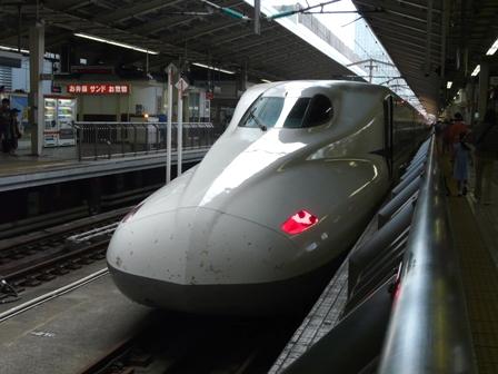 東京駅 新幹線 N700系