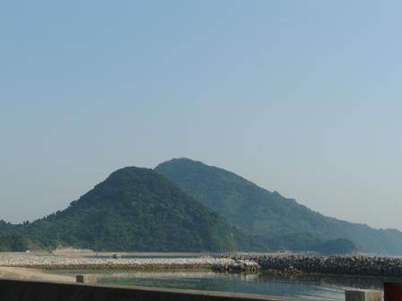 興居島 小富士山