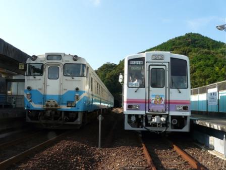 海部駅 高千穂復刻列車(TR200形)&JR牟岐線・キハ40形