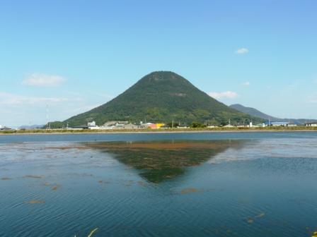 道池 飯野山 1