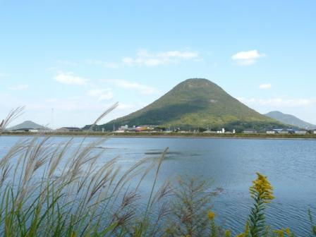 道池 飯野山 2