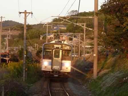 津島ノ宮駅 121系電車 2