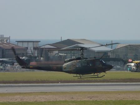 松山空港 7  自衛隊のヘリコプター