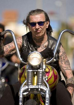INDIAN LARRY 2