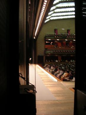 歌舞伎座・舞台と客席