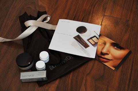 gift_laura.jpg