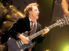 Gibson SG AngusYoung